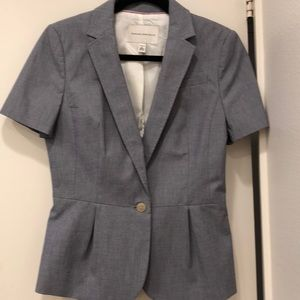 NWOT Banana Republic Short Sleeved Blazer. Size: 6